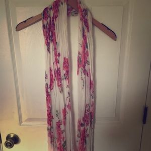 Forever 21 floral scarf